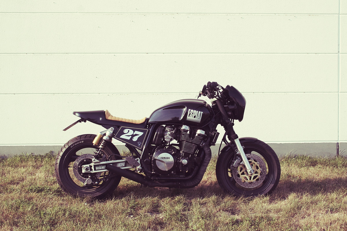cafe racer heck f r yamaha xjr jetzt bei uns erh ltlich. Black Bedroom Furniture Sets. Home Design Ideas