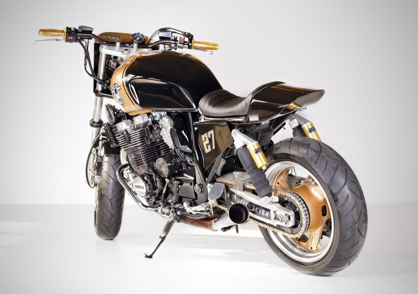 ESPIAT / Zweirad-Hassemer Gold Rush XJR 1200 Street Tracker Umbau
